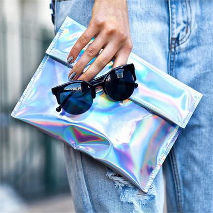 Holographic Style - HOT or NOT?