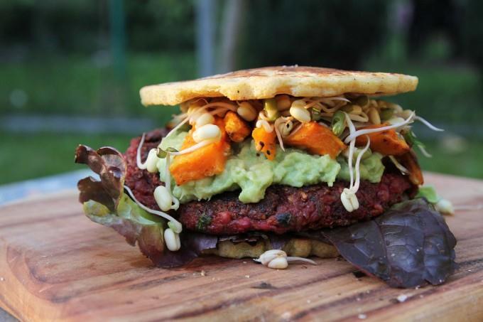 Veganský mega burger